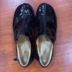 Shoes - Clerks Women's slip on shoes size 10